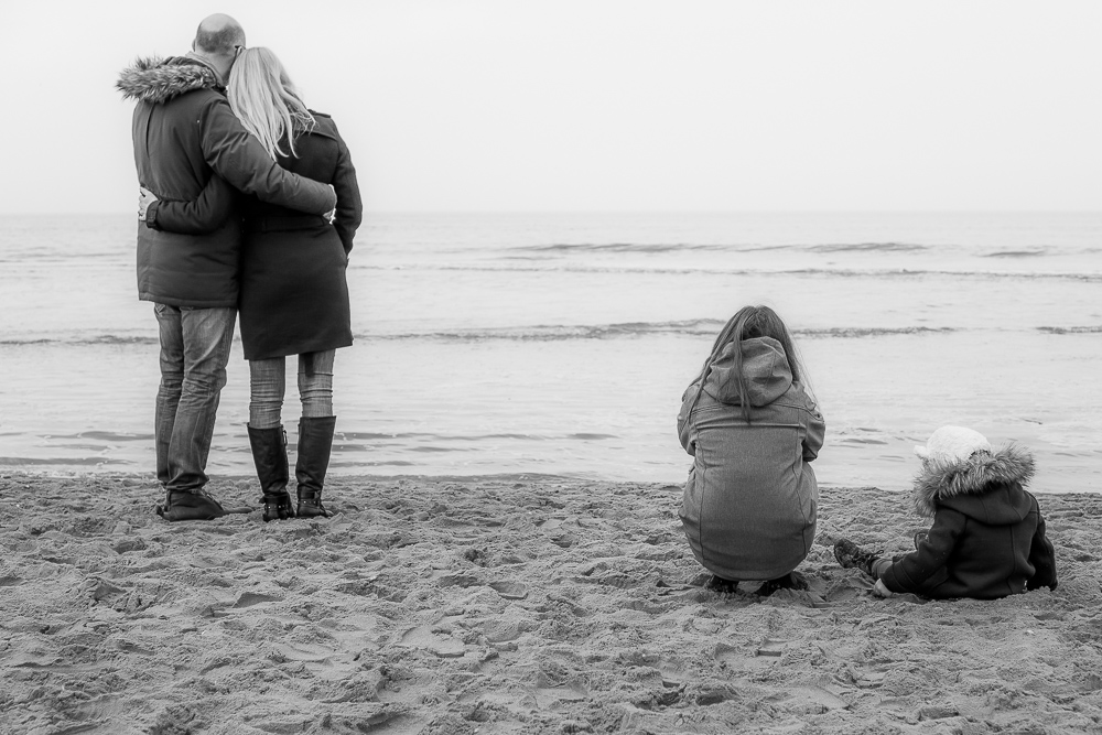 Familienbilder an der See in Holland